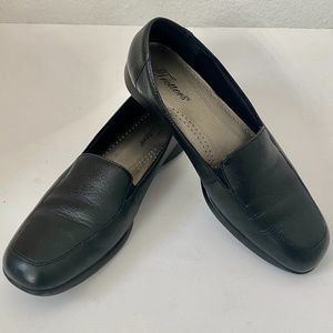 Trotters Loafers Black Comfort Leather Shoe 9M